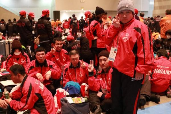 開会式前の長野選手団